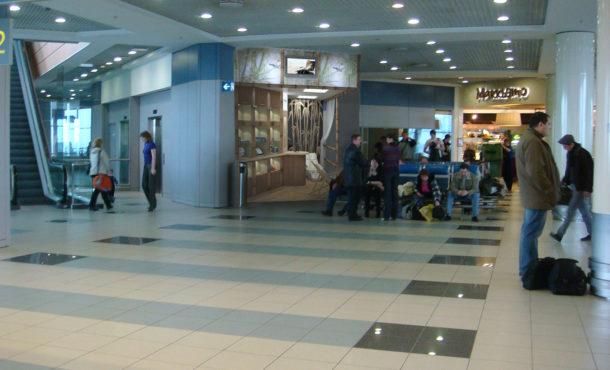 дизайн магазина в аэропорту